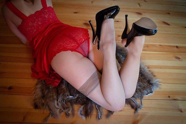 tenue sous vêtement rouge special saint valentin